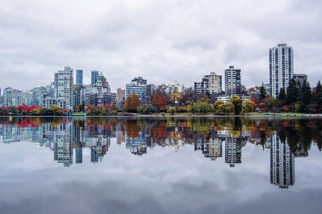 Vancouver-British Columbia-Photography-Photo-Photograph-Mirror-Reflection-Lake
