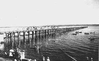 historic white rock pier