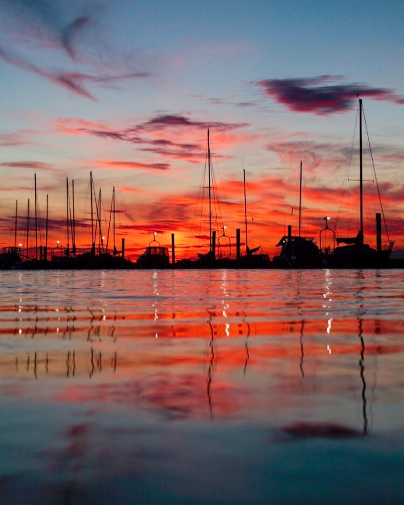 crescent-beach-sunset-wards marina-